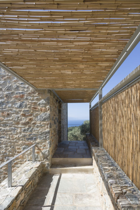 SKIATHOS HOUSES, HHH ARCHITECTS, 12SEP2015